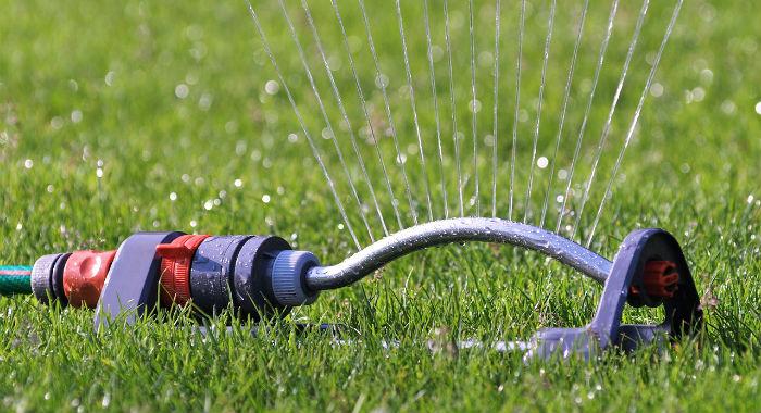 Alternatives To In-Ground Sprinkler Systems